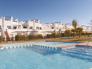 Stunning home in Alhama de Murcia w/ 3 Bedrooms