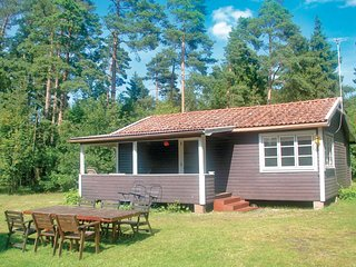 Awesome home in Gotlands Tofta w/ WiFi and 2 Bedrooms