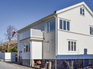 Nice home in Kyrkesund w/ 2 Bedrooms