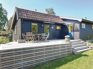 Nice home in Brastad w/ WiFi and 3 Bedrooms (S54180)