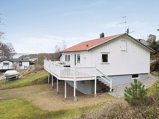 Amazing home in Hjälteby w/ 2 Bedrooms