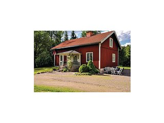 Amazing home in Åmål w/ WiFi and 2 Bedrooms (S57007)