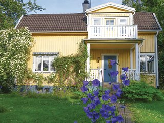 Beautiful home in Motala w/ Sauna and 4 Bedrooms (S60059)