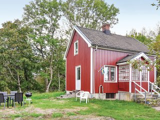 Awesome home in Bäckefors w/ WiFi and 2 Bedrooms