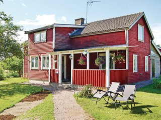 Beautiful home in Söderköping w/ 3 Bedrooms (S60044)
