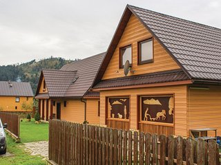 Nice home in Stara Bystrica w/ Sauna, WiFi and 6 Bedrooms