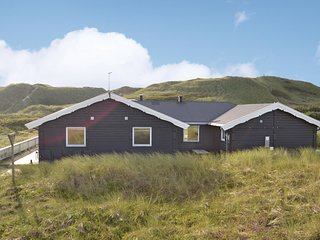 Awesome home in Hvide Sande w/ Sauna, WiFi and 6 Bedrooms