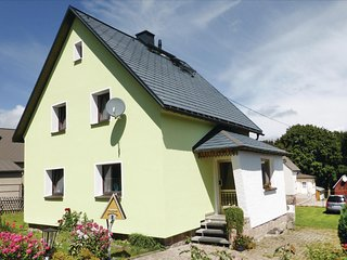 Nice home in Schönheide Erzgebirge w/ WiFi and 2 Bedrooms