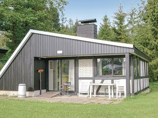 Beautiful home in Gerolstein w/ 3 Bedrooms (DEI936)