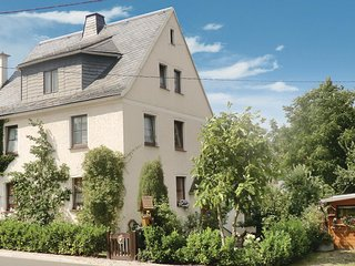 Awesome home in Bad Schlema OT Wildb. w/ 2 Bedrooms