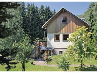 Beautiful home in Grunhain Beierfeld w/ Sauna and 2 Bedrooms