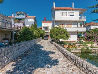 Beautiful home in Zadar w/ 3 Bedrooms and WiFi