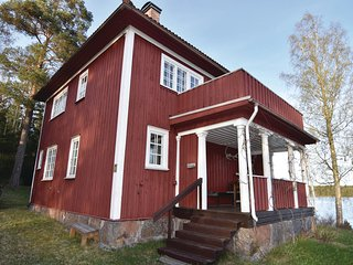 Amazing home in Brunskog w/ WiFi and 4 Bedrooms