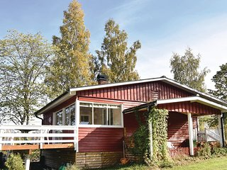 Amazing home in Årjäng w/ WiFi and 3 Bedrooms
