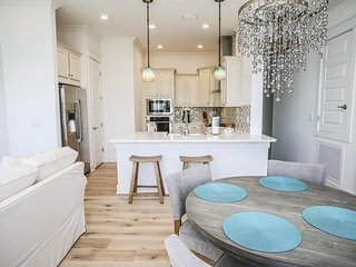 Prominence on 30A ♥ Unwine ♥ Your Perfect Beach Getaway