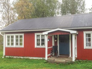Awesome home in Bergsjö w/ 3 Bedrooms