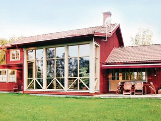 Awesome home in Järvsö w/ Sauna, WiFi and 3 Bedrooms