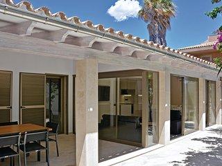 Nice home in Palma de Mallorca w/ WiFi and 4 Bedrooms