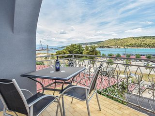 Beautiful home in Trogir w/ WiFi and 6 Bedrooms