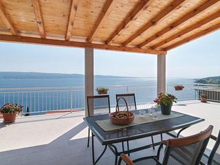 Nice home in Omis w/ WiFi and 1 Bedrooms (CDT194)