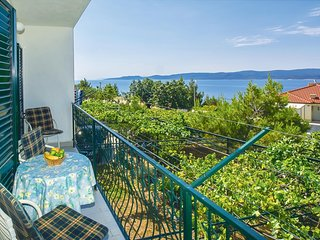 Stunning home in Lokva Rogoznica w/ WiFi and 2 Bedrooms