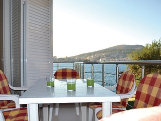 Beautiful home in Saranda w/ 1 Bedrooms (ALS055)