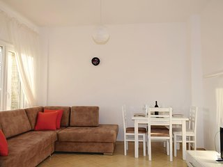 Beautiful home in Durres w/ WiFi and 2 Bedrooms