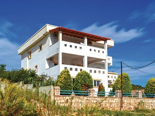 Stunning home in Ksamil w/ WiFi and 1 Bedrooms (ALS126)