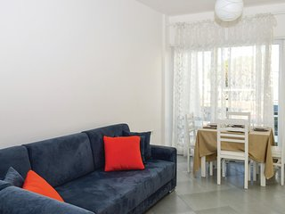Beautiful home in Durres w/ WiFi and 2 Bedrooms (ALD129)