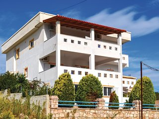 Stunning home in Ksamil w/ WiFi and 1 Bedrooms (ALS122)