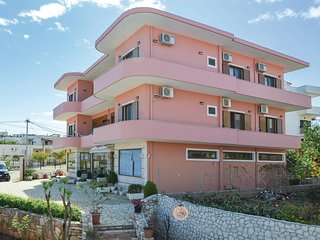 Stunning home in Ksamil w/ WiFi and 3 Bedrooms (ALS131)