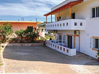 Awesome home in Ksamil w/ WiFi and 1 Bedrooms