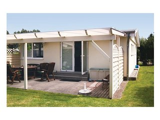 Awesome home in Insel Poel/Timmendorf w/ 1 Bedrooms