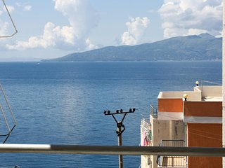 Beautiful home in Sarande w/ WiFi and 1 Bedrooms (ALS173)