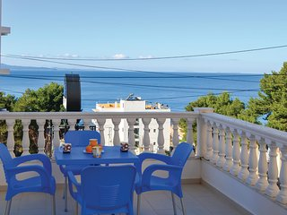 Awesome home in Sarande w/ WiFi and 2 Bedrooms