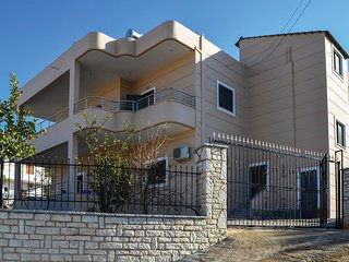 Beautiful home in Ksamil w/ WiFi and 1 Bedrooms