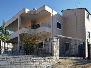 Awesome home in Ksamil w/ WiFi and 1 Bedrooms (ALS243)