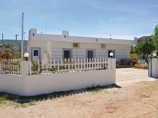 Nice home in Ksamil w/ WiFi and 0 Bedrooms (ALS232)
