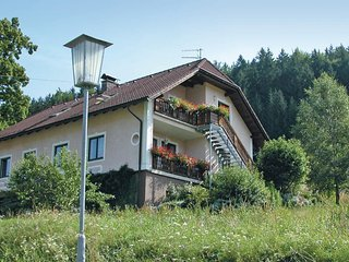 Awesome home in Schönbach w/ 2 Bedrooms