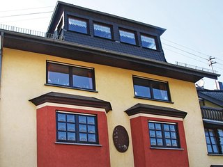 Awesome home in Zell-Kaimt/Mosel w/ WiFi and 1 Bedrooms