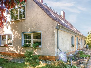 Stunning home in Dolgemost w/ 1 Bedrooms