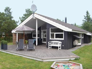 Amazing home in Væggerløse w/ Sauna and 3 Bedrooms (K18040)