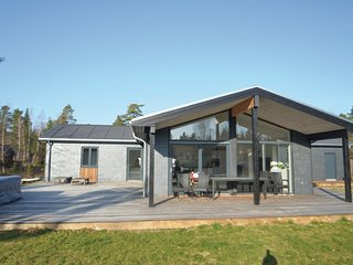 Nice home in Vaeggerlose w/ Jacuzzi, Sauna and 5 Bedrooms (K18757)