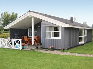 Stunning home in Bogø By w/ Sauna, WiFi and 3 Bedrooms