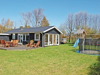 Nice home in Bogø By w/ 2 Bedrooms (K30275)