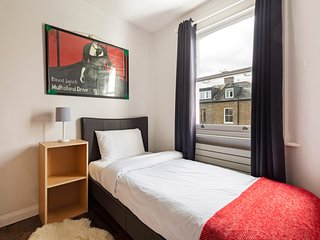 Stunning  3 Bed, 2 Bath Flat in Finsbury Park