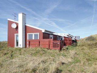 Nice home in Vestervig w/ Sauna and 4 Bedrooms