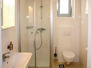Nice home in Budva w/ WiFi, 2 Bedrooms and Outdoor swimming pool