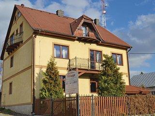 Awesome home in Velky Slavkov w/ WiFi and 2 Bedrooms