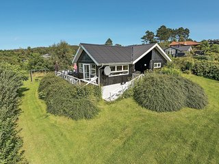 Awesome home in Knebel w/ Sauna and 4 Bedrooms
